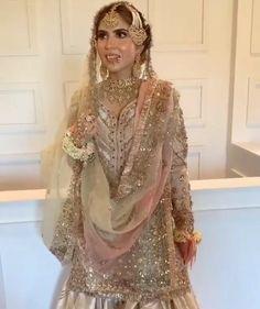 Pakistani Dresses Casual, Pakistani Wedding Dresses, Indian Dresses, Stylish Dress Book, Stylish Dresses, Indian Designer Outfits, Designer Dresses, Bridal Dress Design, Desi Wedding