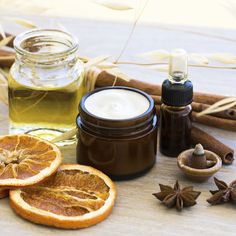 DIY Seasonal Scents - Healthy Home - Mother Earth Living ~ I'm already making the simple air freshener spray (water and essential oil) Best Moisturizing Face Cream, Face Cream For Wrinkles, Face Creams, Natural Skin Tightening, Homemade Eye Cream, Oily Skin Care, Dry Skin, Aging Cream, Best Face Products
