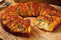 How to Make Homemade Garlic Bread - Recipe in description