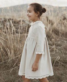 Cute Baby Dresses, Smocked Baby Dresses, Dresses Kids Girl, Fall Dresses, Pretty Dresses, Flower Girl Dresses, Wedding Dresses, Girls Fall Outfits, Little Girl Outfits