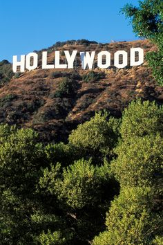 There's An Escalating Neighborhood War Over The Hollywood Sign – TIME City Aesthetic, Travel Aesthetic, Places To Travel, Places To Visit, Hollywood Sign, City Of Angels, California Dreamin', Hollywood California, Dream Vacations