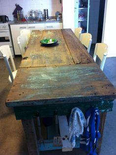 Mesas con madera 100% reciclada by WOODHEAD  www.facebook.com/...