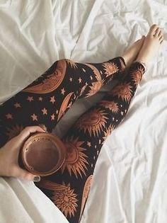 Leggings Pants Shorts Sport Hosen f r Frauen Damen u M dchen F r Sport Leggings Pants Shorts Sport Hosen f r Frauen Damen u M dchen F r Sport Verena Stilvoll Leggings Pants Shorts Sport Hosen nbsp hellip Boho Chic, Style Hippie Chic, Gypsy Style, Bohemian Style, Mode Hippie, Hippie Man, Hippie Boho, Hippie Shoes, Hippie Life
