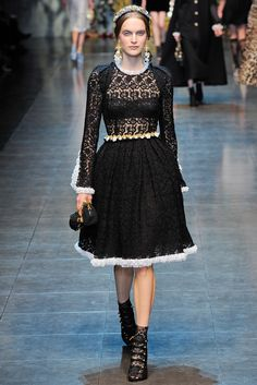 Dolce & Gabbana Fall 2012 Ready to Wear
