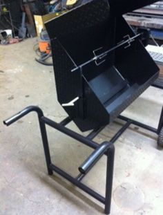 Large Heavy Duty Charcoal Grill