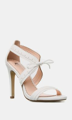 White Heel with Bow