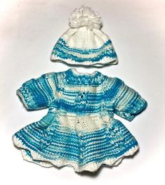 Waldorf doll blue wool dress and hat for 14-16 inch doll. ♥ Ready to ship ♥ Suitable for a 14 - 16 Waldorf Doll (e.g. Bamoletta Baby, DFH Sprite, Rubens Barn Cutie). Knitted kit: - dress - hat Size dress: wide 6.7 (17 cm) Waist circumference -13.3, you can use waist length 8.7
