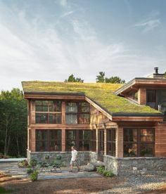Green roofs – 6 mythical ideas about the green roofs – Home Interior Design Green roofs – 6 mythical ideas about the green roofs Sustainable Architecture, Architecture Design, Green Interior Design, Living Roofs, Roof Light, House Roof, Glass House, Exterior Design, Future House