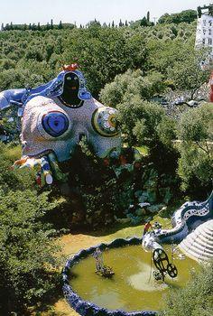 """French Niki de Saint Phalle (Paris Her Tarot Garden Sculpture Park in Toscana, Italy. 'The Empress' Pop Art. Gaudi, Jean Tinguely, Tarot, Alberto Giacometti, Mary Cassatt, Pop Art, French Sculptor, Art Brut, Camille Pissarro"
