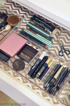 31 trendy makeup organization ideas drawer dividers make up Bathroom Organization, Makeup Organization, Rangement Makeup, Make Up Storage, Storage Ideas, Storage Solutions, Makeup Drawer, Ideas Para Organizar, Makeup Rooms