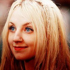 Evanna Lynch - She has such beautiful, blue eyes.