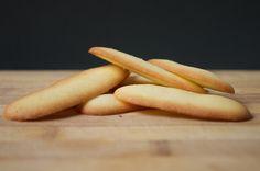 Rapides à préparer, ces biscuits sans gluten et sans lait sont simples à réaliser et très pratiques à emporter ! Biscuits Sans Lactose, Biscuit Sans Gluten, Dessert Sans Gluten, Dairy Free Cookies, Baby Food Recipes, Carrots, Gluten Free, Sweets, Lunch