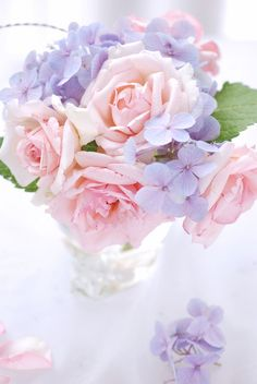 Roses and hydrangeas.  I like the pastel colors.