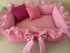 Little Miss Fix It - baby nest - Knit & Share Baby Doll Bed, Diy Dog Bed, Dog Clothes Patterns, Baby Sewing Projects, Dog Sweaters, Dog Coats, Pet Beds, Diy Stuffed Animals, Baby Crafts
