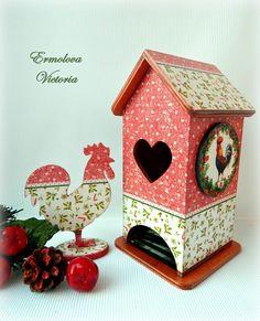 Новости Decoupage, Arte Country, Bird Houses, Tea Houses, Cute House, Tea Box, Exploding Boxes, Altered Boxes, Christmas Printables