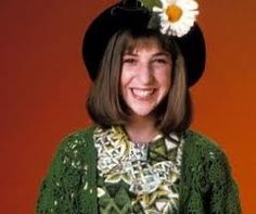 It is a truth universally acknowledged that if you were a female tween in the early then you worshiped at the sartorial altar of Blossom. Known for her quirky fashion choices, particularly her inspired hats, Blossom Russo was an accessible… Quirky Fashion, Star Fashion, 90s Fashion, Fashion Trends, Fashion 2016, Blossom Tv Show, Amy Farrah Fowler, Fashion And Beauty Tips, 2016 Trends