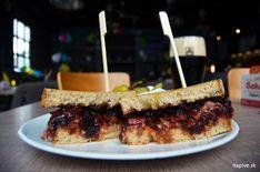 Ešte raz z predkaranténnych fastfoodov | Na pive Sandwiches, Nyc, Food, Essen, Meals, Paninis, Yemek, New York, Eten