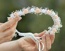 corona niña primera comunión, damas de honor y celebraciones especiales. Flores de satén y paniculata blanca natural liofilizada