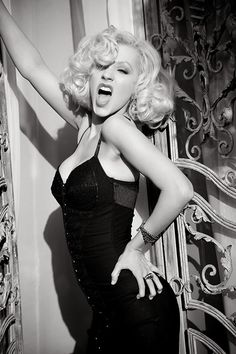 Christina Aguilera is just stunning #sexy #ChristinaAguilera #dearsweetness