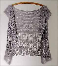 Nice free pattern on Ravelry! Ariane by Peggy Grand - This pattern is available as a free Ravelry download