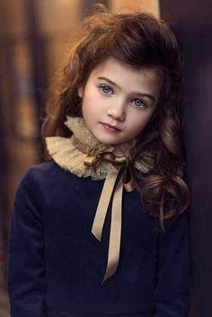 Linda! Beleza e ternura no olhar e para poucos...