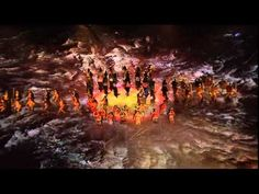 Rugby World Cup 2011 Opening Ceremony Haka. The Visual Effects of this haka makes it look mean maori MEAN! Video Streaming, Image Foot, Rugby World Cup, Visual Effects, Opening Ceremony, Trust, Costumes, Sport, Youtube
