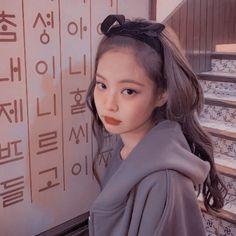 Red Aesthetic, Aesthetic Photo, Kpop Girl Groups, Kpop Girls, Blackpink Poster, Lisa Blackpink Wallpaper, Jennie Kim Blackpink, Kpop Couples, Black Pink Kpop