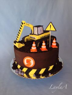 Excavator birthday cake by Layla A Digger Birthday Cake, 2nd Birthday Cake Boy, Digger Cake, Toddler Birthday Cakes, Truck Birthday Cakes, Bithday Cake, Excavator Cake, Cupcake Cakes, Cupcakes