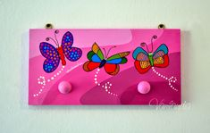 perchero para regalar... pedido: mariposas medidas 40x20cm 2 perchas.