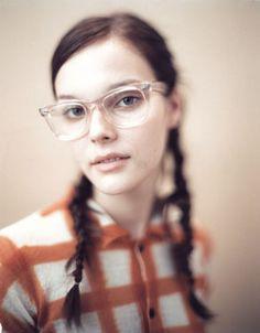 9cfc8a83e2 The pretty girls with nerdy glasses appreciation society