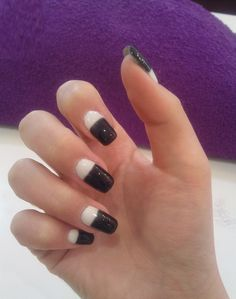 Black and White nails!