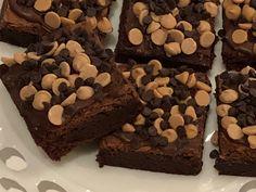 Chocolate Peanut Butter Brownies, Chocolate Crinkles, Peanut Butter Chips, Chocolate Cake, Gourmet Gift Baskets, Gourmet Gifts, Chocolate Delight, Decadent Chocolate, Chocolate Peanuts