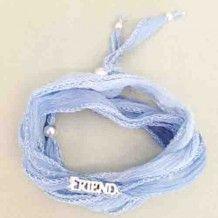 Bracelet Friend Bleu pâle