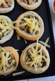 Bułeczki nadziewane pieczarkami - na śniadanie lub kolację - etap 2 Tacos, Food And Drink, Menu, Ethnic Recipes, Menu Board Design