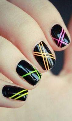 nail art black and neon