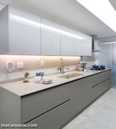Belezurinhaaaaa essa cozinha super cool by Dani Momoi Snap: Decoredecor Project: Dani Momoi ARCHITECTURE   INTERIORS   KITCHEN