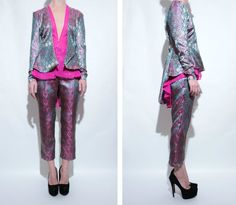 Limited edition suit. Ready To Wear, Kimono Top, Suits, How To Wear, Tops, Women, Fashion, Outfits, Moda