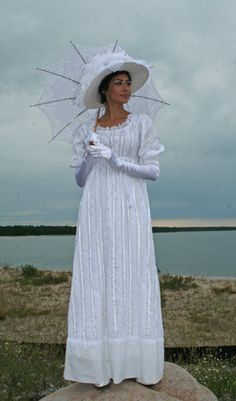 I can picture Miss Elizabeth Bennett in this.