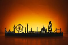 Medium LED Metropolis Skyline (London) - Locomocean Retail