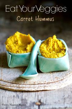 love those clay bowls and spoon : Healthy and Delicious Carrot Hummus Real Food Recipes, Vegetarian Recipes, Cooking Recipes, Yummy Food, Tasty, Healthy Recipes, Appetizer Recipes, Snack Recipes, Appetizers