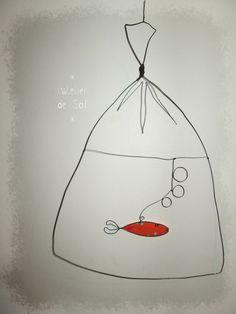 Et voici un nouveau venu : le poisson dans son sac! en fil de fer