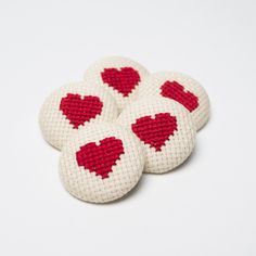 Items similar to 5 Buttons Fabric - Heart Cross Stitch - on Etsy Cross Stitch Books, Mini Cross Stitch, Cross Stitch Heart, Diy Embroidery, Cross Stitch Embroidery, Cross Stitch Patterns, Mini Canvas, E Craft, Palestinian Embroidery