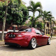 @adiyudhatama #Indonesia | #TopMiata #mazda #miata #mx5 #eunos #roadster