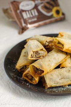 Pachețele crocante cu halva What A Beautiful Day, Snack Recipes, Snacks, Deserts, Chips, Ethnic Recipes, Food, Recipes, Snack Mix Recipes