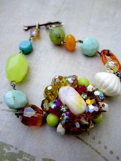 bracelet vintage upcycle Bling Jewelry, Beaded Jewelry, Handmade Jewelry, Gemstone Bracelets, Jewelry Bracelets, Necklaces, Diy Jewelry Making, Bracelet Making, Vintage Earrings