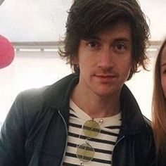 madsoundsalex/2016/08/11 23:23:40/this girl made a thread on twitter of why she loves alex so much and i swear it made me cry  #alexturner #arcticmonkeys #tlsp #thelastshadowpuppets #alexturner #mileskane #jamiecook #nickomalley #matthelders
