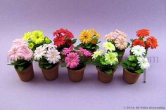 Quilling Dolls, Paper Quilling Flowers, Paper Flower Art, Paper Quilling Patterns, 3d Quilling, Polymer Clay Flowers, Flower Crafts, Diy Flowers, Flower Pots