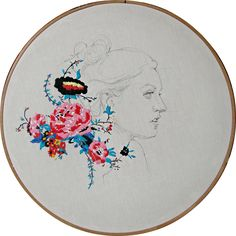 stephanie k. clark I know this is hand embroidery, but I pinned it here as one could do this with machine embroidery as well. Hand Embroidery Patterns, Diy Embroidery, Cross Stitch Embroidery, Machine Embroidery, Embroidery Hoops, Textile Fiber Art, Textile Artists, Art Du Fil, Textiles