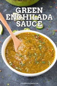 Homemade Green Enchilada Sauce with Roasted Tomatillos - This homemade green enchilada sauce recipe is made with fresh tomatillos, jalapenos, serranos and poblano peppers, from scratch in your own kitchen. Best Green Enchilada Sauce Recipe, Green Chili Sauce, Homemade Enchilada Sauce, Homemade Enchiladas, Homemade Sauce, Chicken Enchiladas, Spicy Chicken Recipes, Jalapeno Recipes, Mexican Food Recipes