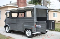 Learn more about French Toaster: 1974 Citroen HY van on Bring a Trailer, the home of the best vintage and classic cars online. Citroen Type H, Citroen H Van, Food Trucks, Glamping, Small Motorhomes, Scooter Storage, Lightweight Trailers, Light Trailer, Mobile Catering